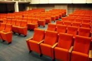 Kazališne stolice 7